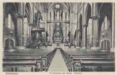PBK-283 Het interieur van de Rooms-katholieke Heilige Antonius van Paduakerk aan het Boschje 7.