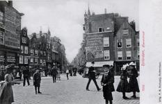 PBK-287 De Meent ook wel Heerenstraat genoemd, bij de Goudsesingel. Uit het noordoosten gezien. Veel reclame tegen de ...