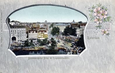PBK-3007 Gezicht op het Van Hogendorpsplein met het Schielandshuis, uit het westen. Rechts de Grote Pauwensteeg, links ...