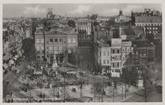 PBK-3009 Het Schielandshuis met links de Boijmansstraat en rechts de Grote Pauwensteeg. De huizen rechts zijn genummerd ...