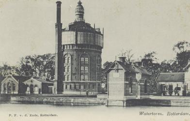 PBK-3068 Watertoren op het voormalige terrein van de Drinkwaterleiding aan de Honingerdijk vanuit het zuidwesten ...