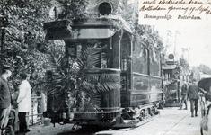PBK-3073 Bij de herberg In den Rustwat vindt op 18 september 1905, de officiele feestelijke opening plaats van ...