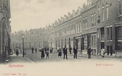 PBK-3191 Jacob Catsstraat, uit het noorden, vanaf de Zaagmolenstraat. De zijstraat rechts op de achtergrond is de ...