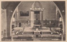 PBK-3214 De kerkzaal en het altaar van rooms-katholieke Sint-Anthonius Abtkerk aan de Jan Kruijffstraat.