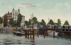 PBK-3465 Koningsbrug over de Oudehaven . Op de achtergrond hotel Smits aan het Oudehoofdplein, uit het westen.
