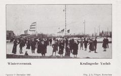 PBK-3648 Mensen op de baan van de IJsclub Kralingen aan de Kralingse Plaslaan.