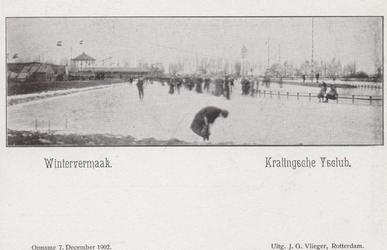 PBK-3652 Mensen op de baan van de IJsclub Kralingen aan de Kralingse Plaslaan.