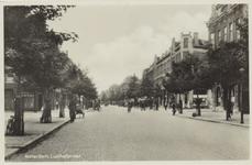PBK-4020 Lusthofstraat, ter hoogte van de Sionstraat, in de richting van de Voorschoterlaan. Links de Taborstraat en ...