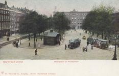 PBK-407 De Blaak (gedempte deel) en het postkantoor aan het Beursplein, links de Noordblaak, rechts de Zuidblaak.
