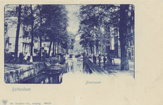 PBK-459 Gezicht op de Bierhaven met links de Oranjestraat. Op de achtergrond de Wijnhaven, (Bedrijfspand Sijn & zn. ...