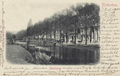 PBK-4646 Westersingel met Mauritsweg vanuit het zuiden, rechts de Van Oldenbarneveltstraat.