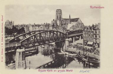 PBK-4691 Middensteiger uit het zuidoosten gezien. Op de achtergrond de Grotemarkt en de toren van de Sint-Laurenskerk.