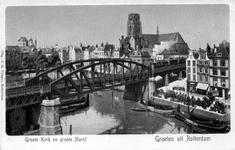 PBK-4692 Middensteiger uit het zuidoosten gezien. Op de achtergrond de Grotemarkt en de toren van de Sint-Laurenskerk.