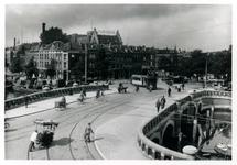 PBK-4938 De Noorderbrug met op de achtergrond het Noordplein, vanaf de Linker Rottekade.