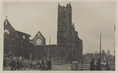 PBK-5017 Gezicht in de door het Duitse bombardement van 14 mei 1940 getroffen Oldekerk ( Kerk van het Allerheiligst ...