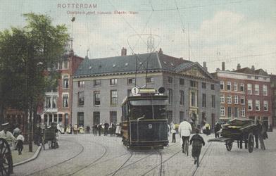 PBK-5122 De Marinierskazerne aan het Oostplein hoek Nieuwehaven, uit het zuidwesten gezien. Op de voorgrond de nieuwe ...