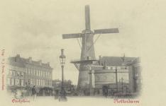 PBK-5145 Oostplein met molen De Noord, vanuit het zuiden.