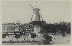 PBK-5160 Molen De Noord aan het Oostplein. Links het Achterklooster en rechts de Goudsesingel, uit het oosten.