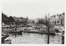 PBK-5310 Overzicht van de Oudehaven, vanuit het zuiden. Op de achtergrond Plan C. Rechts de Mosseltrap en de Spaansekade.