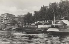PBK-5334 Oudehaven met op de achtergrond de Mosseltrap en de Spaansekade, uit het zuiden gezien.