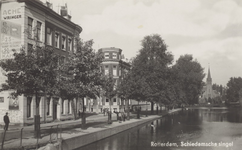 PBK-535 Schiedamsesingel met geheel links het begin van de Vredesteinlaan en wat verderop de Van Brakelstraat. Op de ...