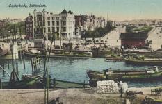 PBK-5360 Oudehaven met op de achtergrond hotel Smits aan het Oudehoofdplein en rechts de Oosterkade met het ...