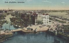 PBK-5376 Oudehoofdplein met op de voorgrond de Oudehaven. Op de achtergrond links het Haringvliet, rechts de Oosterkade ...