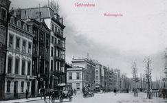 PBK-551 Gezicht op het Willemsplein. Het hoge gebouw links is het Victoriahotel.