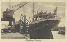 PBK-5543 Het schip Bassam uit Liverpool aan de kade van de Parkhaven.