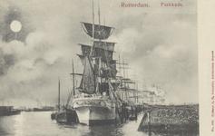 PBK-5634 Aangemeerde zeilschepen aan de Parkkade.