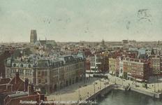 PBK-5702 Overzicht van Plan C, de Oudehaven, de Hoofdsteeg, de Mosseltrap en de toren van de Sint-Laurenskerk, vanaf ...