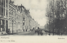 PBK-5737 Bebouwing aan de westzijde van Plantageweg, de latere Dr. Zamenhofstraat en rechts een gedeelte van de Nieuwe ...