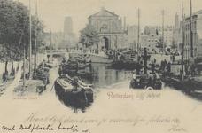 PBK-6130 De Rotterdamse Schie uit het noorden. Op de achtergrond links de Delftsevaart met daarvoor de Schiebrug. In ...