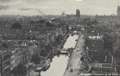 PBK-6272 Overzicht van de Rotterdamse Schie en omgeving, vanaf het dakterras van de flat aan het Ungerplein. Links de ...