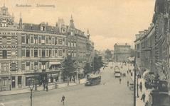 PBK-6631 Gezicht in de Diergaardelaan, links de Stationsweg. Op de achtergrond de Delftse Poort.