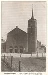 PBK-6784 De Sint-Teresiakerk op de hoek van de Lange Hilleweg links en de Strevelsweg rechts, uit het zuidwesten.