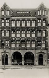 PBK-692 Gezicht op het gebouw van verzekeringsmaatschappij De Nederlanden van 1845 aan de Zuidblaak.