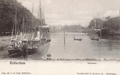 PBK-7086 Westerhaven uit westelijke richting. Links de Parklaan, op de achtergrond, voorbij de Westerbrug, is de ...