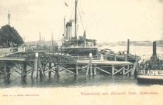 PBK-7096 De Westerkade, vlak bij het Park, was de plaats waar vandaan de Harwichboten van de Great Eastern Railway ...