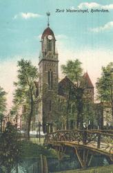 PBK-7135 Westersingel vanuit het zuiden, op de achtergrond de toren van de Remonstrantse kerk.
