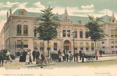 PBK-7216 Het rooms-katholieke wees- en armhuis Huize Simeon & Anna aan de West-Kruiskade uit 1902, vanaf 1972 onderdeel ...
