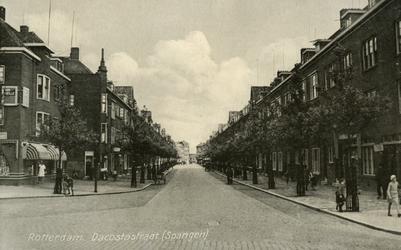 PBK-7969 Gezicht in de Da Costastraat. Op de voorgrond het P.C. Hooftplein, uit het zuidwesten.