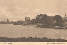 PBK-7996 Kralingse Plas. In de zomer van 1921 is de oude meelmolen, derde gebouw van links, afgebrand. De schoorsteen, ...