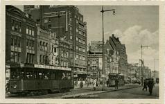 PBK-8056 Coolsingel met hotel Atlanta op de hoek van de Aert van Nesstraat vanuit het zuidoosten.