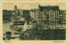 PBK-8186 Hotel Weimar op de hoek van het Haringvliet en de Spaansekade. Op de voorgrond de Spanjaardsbrug en links ...