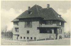 PBK-8709 Het Raadhuis van Schiebroek aan de Ringdijk no. 50