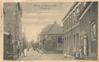 PBK-8755 Groete uit IJsselmonde, straatgezicht Benedenstraat.