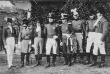 PBK-9029 17 november 1913; Eeuwfeest van het herstel van Nederlands onafhankelijkheid. Op de prentbriefkaart: een groep ...