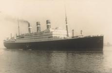 PBK-9462 Passagiersschip de Statendam III van de Holland-Amerka Lijn.