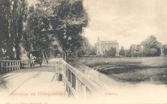 PBK-9786 Bergweg (vanaf 1916 Straatweg), met rechts de villa Buitenlust , sinds 1921 het raadhuis van Hillegersberg, ...